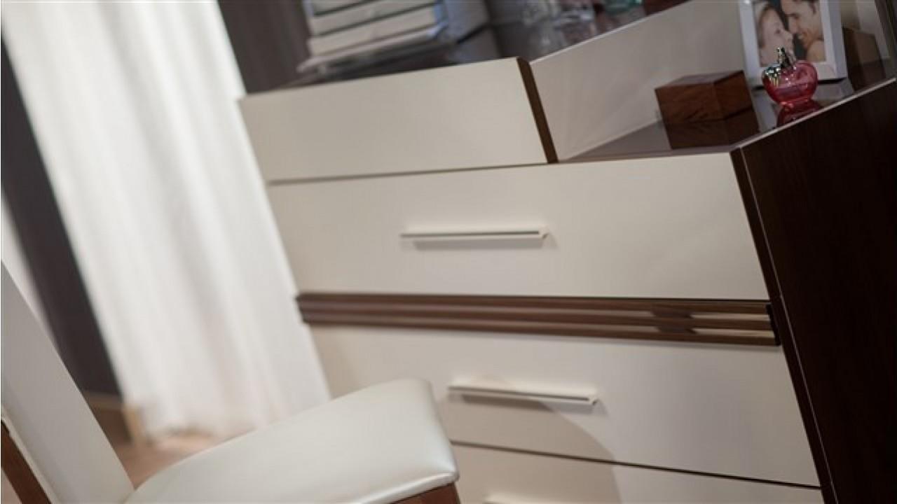 Спален Комплект Caprice