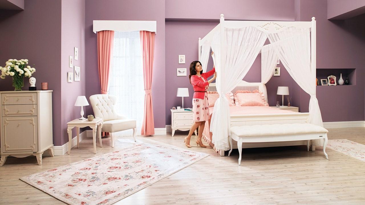 Romance Bedroom Set