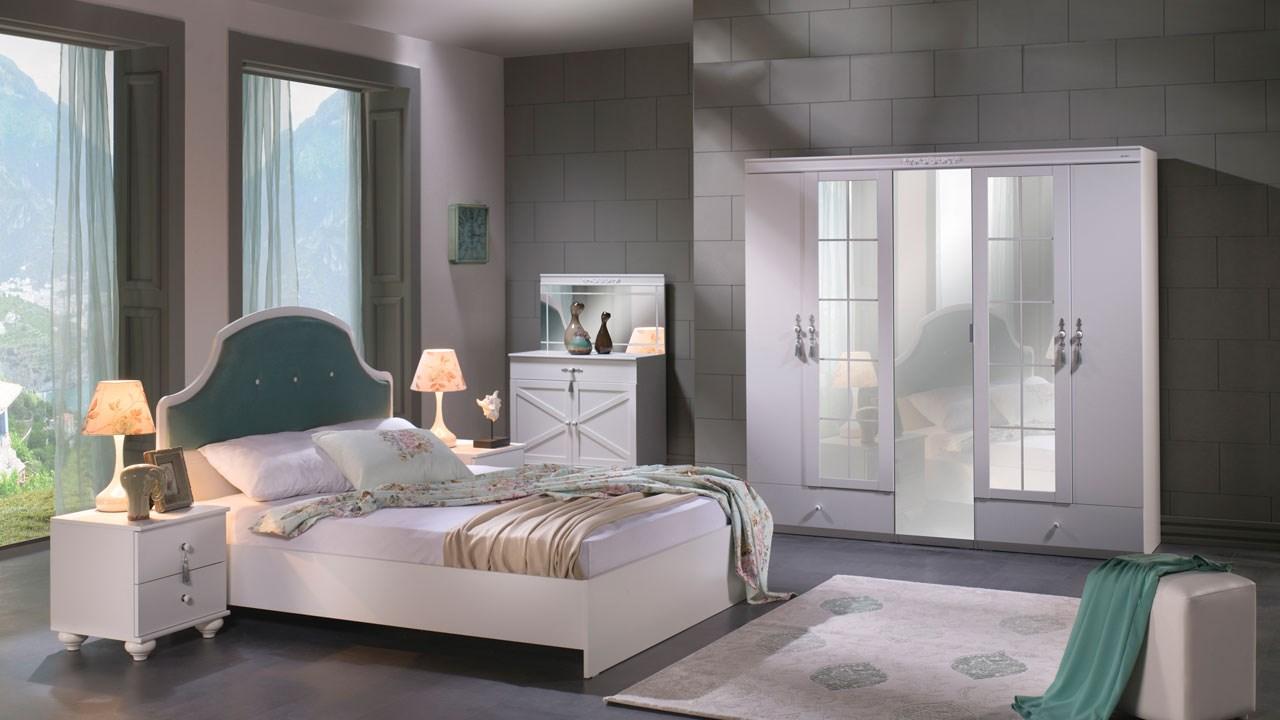 Side Bedroom Set